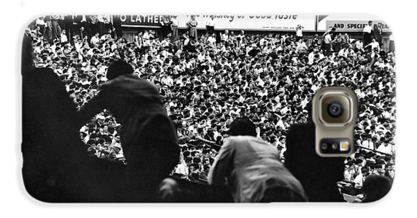 Fans In The Bleachers During A Baseball Game At Yankee Stadium Galaxy S6 Case by Underwood Archives