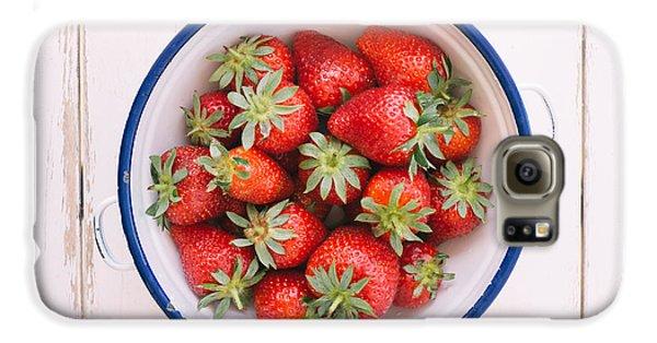 Fresh Strawberries  Galaxy S6 Case by Viktor Pravdica