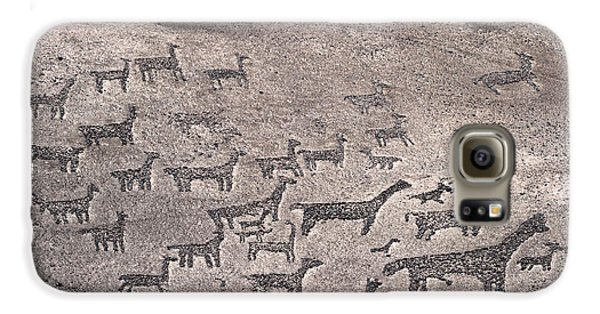 Geoglyphs At Tiliviche Chile Galaxy S6 Case by James Brunker