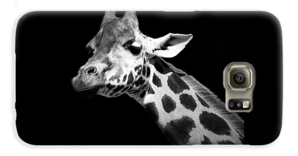Portrait Of Giraffe In Black And White Galaxy S6 Case by Lukas Holas
