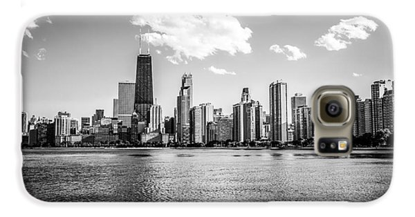 Gold Coast Skyline In Chicago Black And White Picture Galaxy S6 Case by Paul Velgos