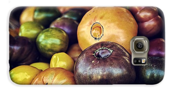 Heirloom Tomatoes At The Farmers Market Galaxy S6 Case by Scott Norris