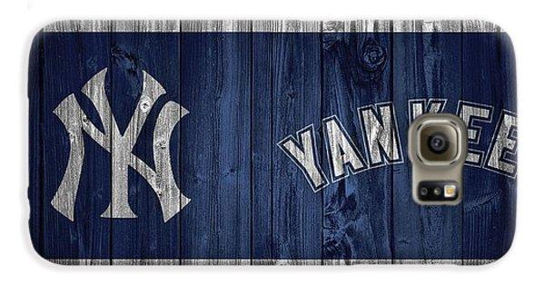 New York Yankees Barn Door Galaxy S6 Case by Dan Sproul