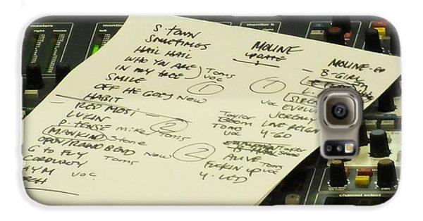 Pearl Jam Set List- Moline Galaxy S6 Case by Gary Koett