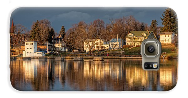 Reflection Of A Village - Phoenix Ny Galaxy S6 Case by Everet Regal