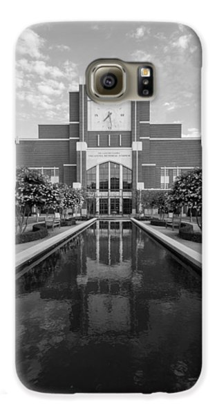 Reflecting Pond Outside Of Oklahoma Memorial Stadium Galaxy S6 Case by Nathan Hillis