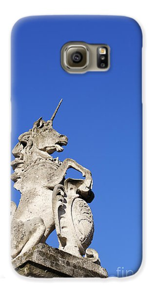 Statue Of A Unicorn On The Walls Of Buckingham Palace In London England Galaxy S6 Case by Robert Preston