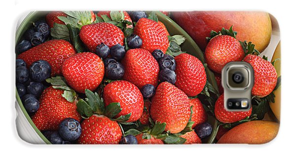 Strawberries Blueberries Mangoes And A Banana - Fruit Tray Galaxy S6 Case by Andee Design