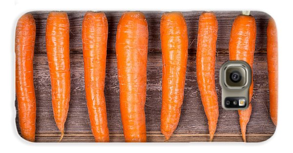 Trimmed Carrots In A Row Galaxy S6 Case by Jane Rix