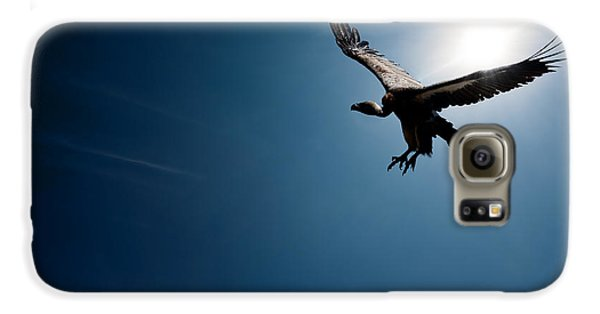 Vulture Flying In Front Of The Sun Galaxy S6 Case by Johan Swanepoel
