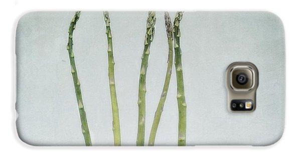 A Bunch Of Asparagus Galaxy S6 Case by Priska Wettstein