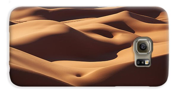 Curves Samsung Galaxy Case by Ivan Slosar