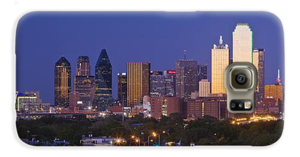 Downtown Dallas Skyline At Dusk Galaxy S6 Case by Jeremy Woodhouse