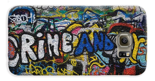 Grafitti On The U2 Wall, Windmill Lane Galaxy S6 Case by Panoramic Images