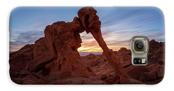 Valley Of Fire S.p. Galaxy S6 Case by Jon Manjeot