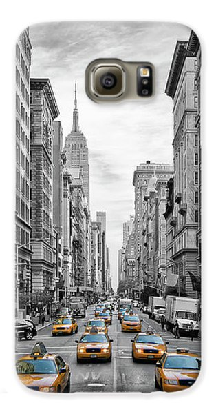 5th Avenue Yellow Cabs - Nyc Galaxy S6 Case by Melanie Viola