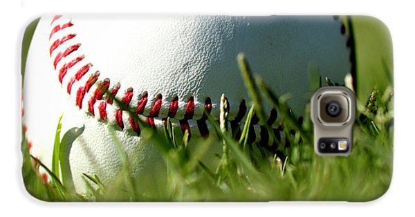 Baseball In Grass Galaxy S6 Case by Chris Brannen