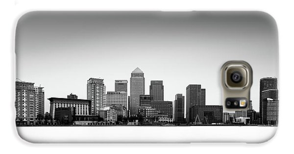 Canary Wharf Skyline Galaxy S6 Case by Ivo Kerssemakers