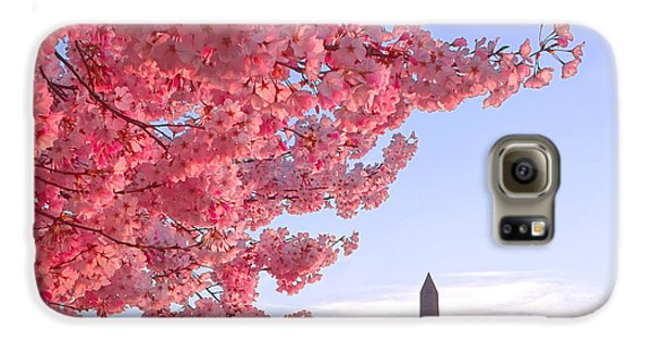 Cherry Tree And The Washington Monument  Galaxy S6 Case by Olivier Le Queinec