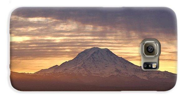 Dawn Mist About Mount Rainier Galaxy Case by Sean Griffin