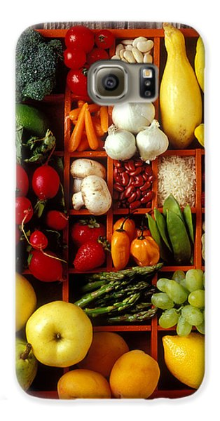 Fruits And Vegetables In Compartments Galaxy S6 Case by Garry Gay