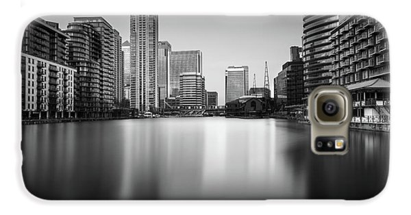 Inside Canary Wharf Galaxy S6 Case by Ivo Kerssemakers
