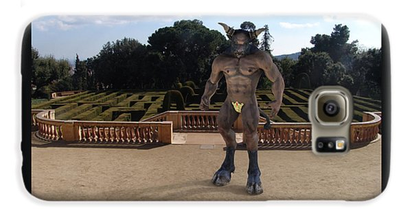 Minotaur In The Labyrinth Park Barcelona. Galaxy S6 Case by Joaquin Abella
