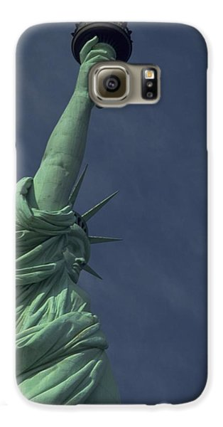 Galaxy S6 Case featuring the photograph New York by Travel Pics