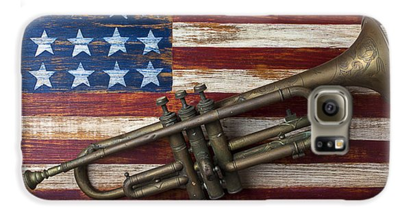 Old Trumpet On American Flag Galaxy S6 Case by Garry Gay