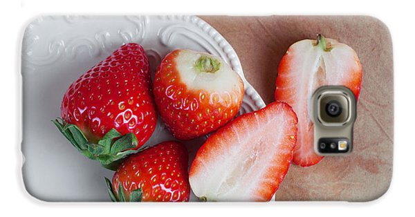 Strawberries From Above Galaxy S6 Case by Tom Mc Nemar