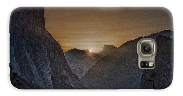 Sunburst Yosemite Galaxy S6 Case by Bill Roberts