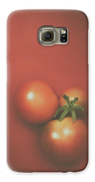 Three Cherry Tomatoes Galaxy S6 Case by Scott Norris