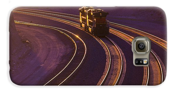 Train At Sunset Galaxy S6 Case by Garry Gay