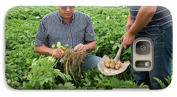 Potato Farming Galaxy S7 Case by Jim West