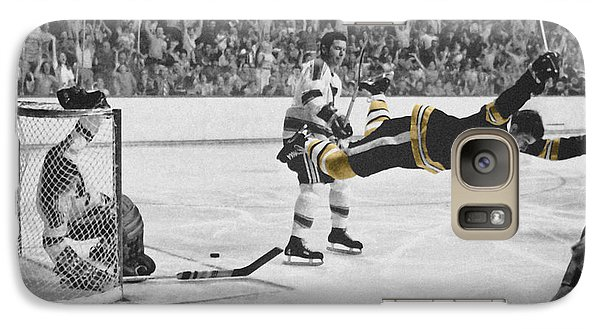 Bobby Orr 2 Galaxy S7 Case by Andrew Fare