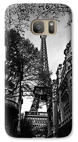 Eiffel Tower Black And White Galaxy Case by Andrew Fare
