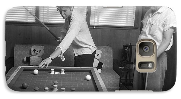 Elvis Presley And Vernon Playing Bumper Pool 1956 Galaxy S7 Case by The Harrington Collection