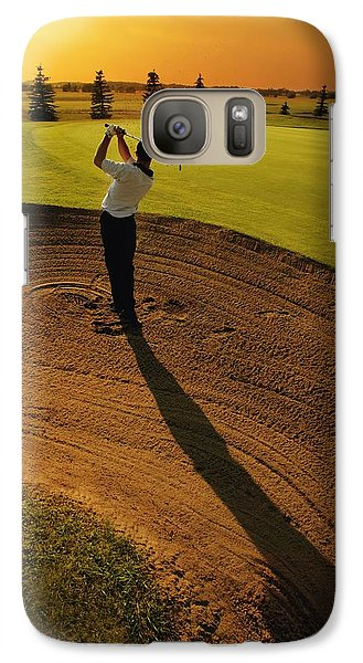 Golfer Taking A Swing From A Golf Bunker Galaxy S7 Case by Darren Greenwood