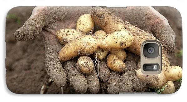 Potato Harvest Galaxy S7 Case by Jim West
