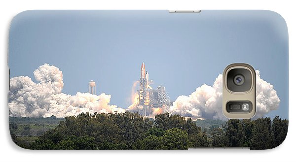 Galaxy Case featuring the photograph Sts-132, Space Shuttle Atlantis Launch by Science Source