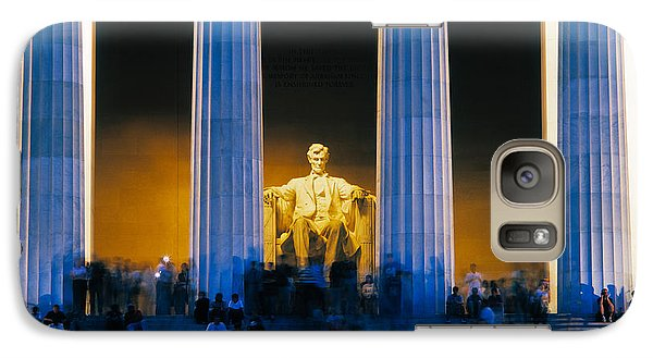 Tourists At Lincoln Memorial Galaxy S7 Case by Panoramic Images