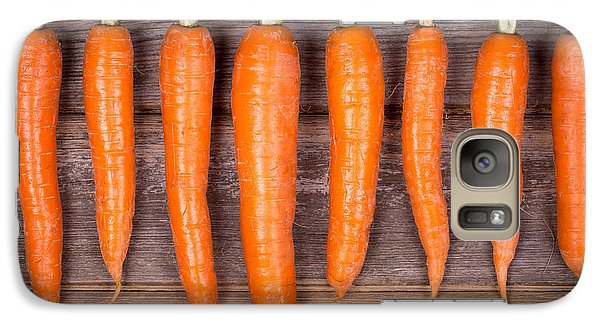 Trimmed Carrots In A Row Galaxy S7 Case by Jane Rix
