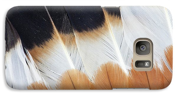 Wing Fanned Out On Northern Lapwing Galaxy Case by Darrell Gulin