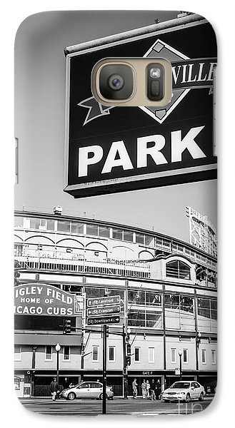Wrigleyville Sign And Wrigley Field In Black And White Galaxy S7 Case by Paul Velgos