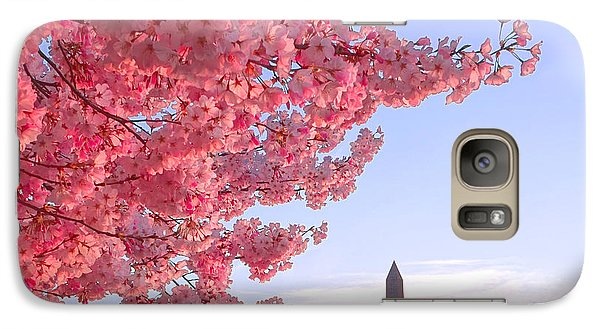 Cherry Tree And The Washington Monument  Galaxy S7 Case by Olivier Le Queinec