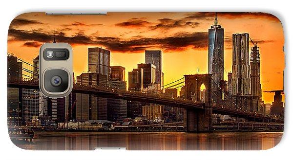 Fiery Sunset Over Manhattan  Galaxy S7 Case by Az Jackson