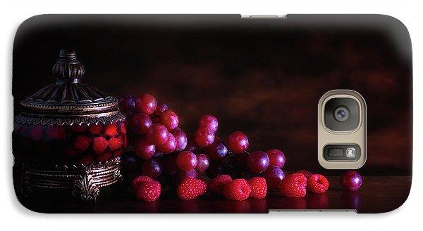 Grape Raspberry Galaxy S7 Case by Tom Mc Nemar