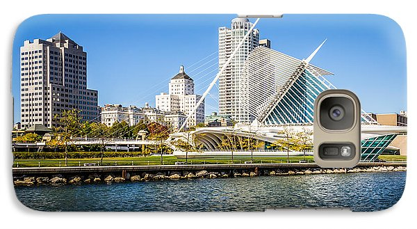 Milwaukee Skyline Photo With Milwaukee Art Museum Galaxy Case by Paul Velgos