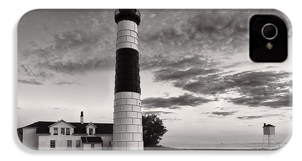Big Sable Point Lighthouse In Black And White IPhone 4 / 4s Case by Sebastian Musial