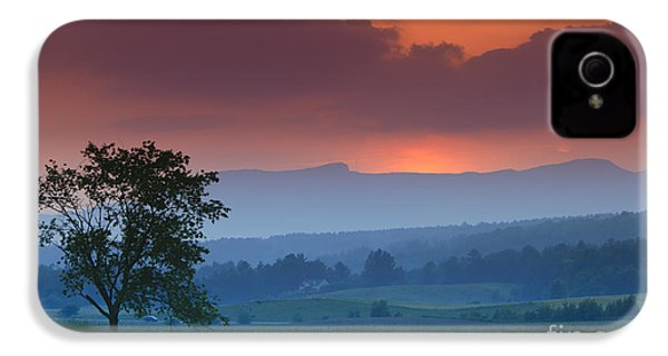 Sunset Over Mt. Mansfield In Stowe Vermont IPhone 4 / 4s Case by Don Landwehrle